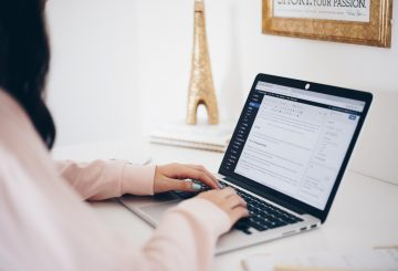 Anatpmy of a 6 figure blogging business