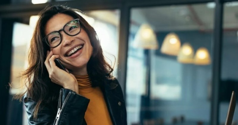 Keep phone calls quiet to observe every shared office space etiquette tips