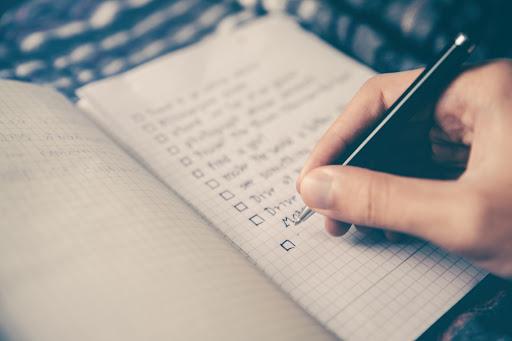 Checklist for hosting a memorable event