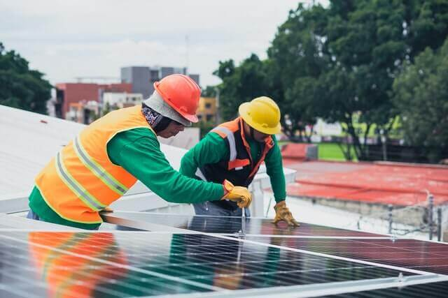 Where to hire a solar power installer in Texas USA